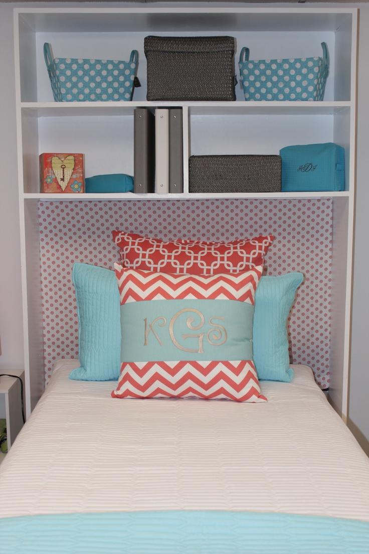 320 best dorm room ideas for alexis images on pinterest college my dorm decor add shelves to dorm bed