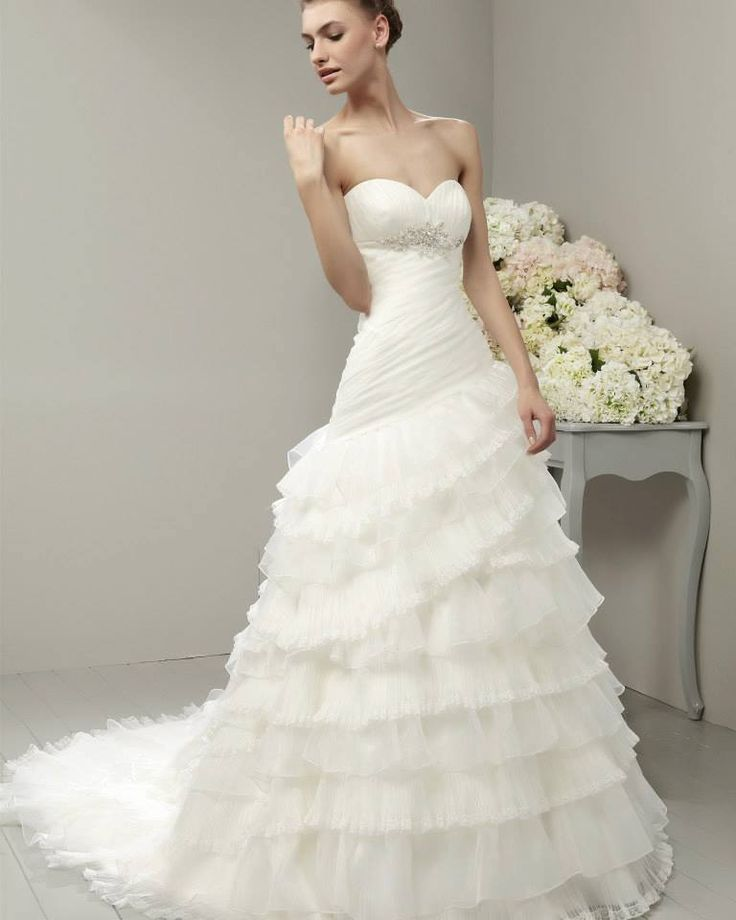 Best 25 Adriana alier wedding gowns ideas on Pinterest Discount