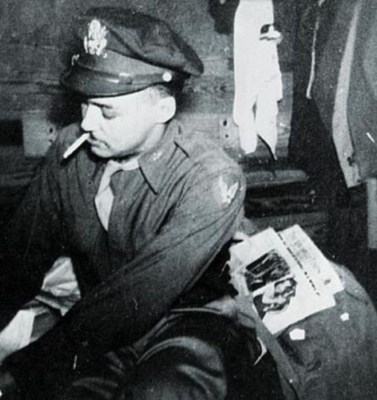 united states airmen essay The tuskegee airmen during the 1920 s and 1930 s in the united states, segregation for the black americans was rampant blacks were being turned away from.