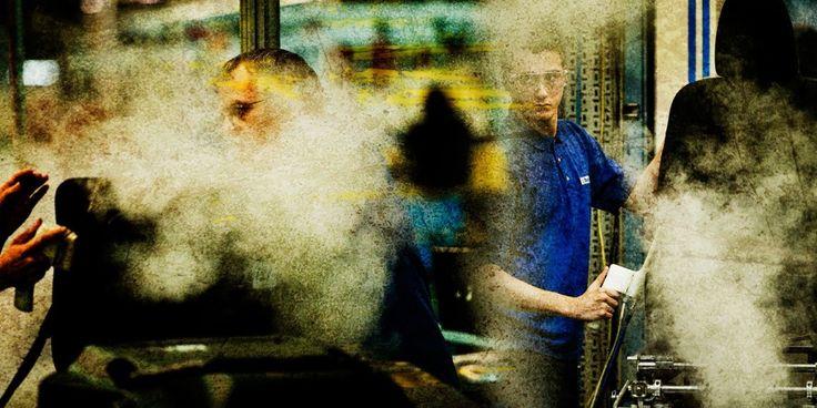 Nigel Hudson - Corporate, Industrial & Annual Report Photography, Spotlight magazine - Production Paradise