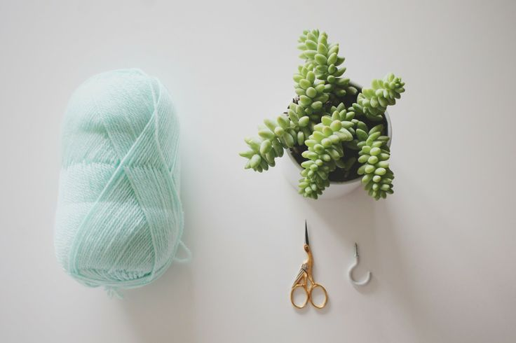 Everything Emily: Do it Yourself // Hanging Plant Holder
