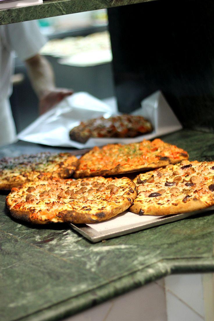The best pizza in Trapani: http://dania-kontra-ania.blogspot.com/2015/05/sycylia-erice-sciacca-licata-mazara-del-vallo-trapani.html
