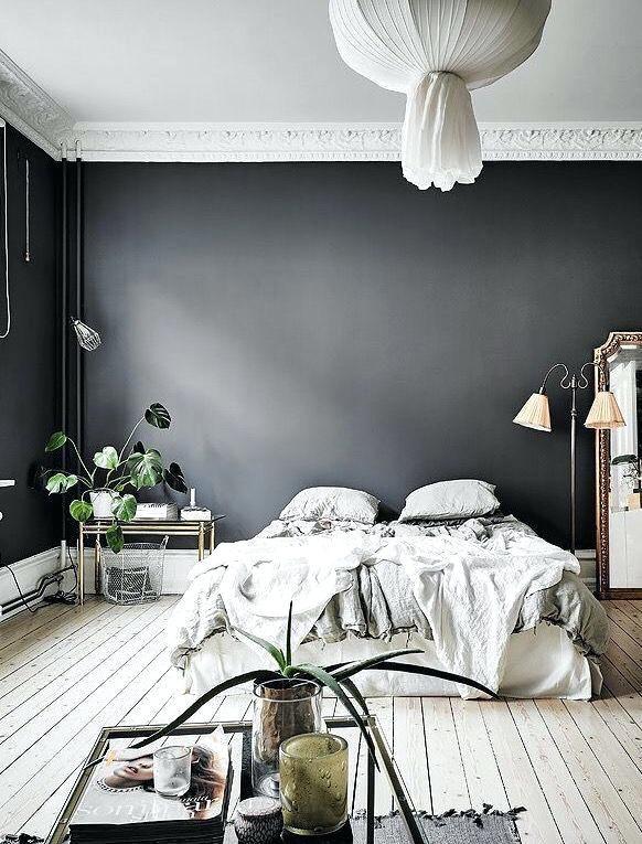 Dark Grey Bedroom Walls Love The Dark Grey Wall In This Bedroom Dark Gray Headboard Bedroom Ideas Gray Bedroom Walls Minimalist Bedroom Color Dark Gray Bedroom