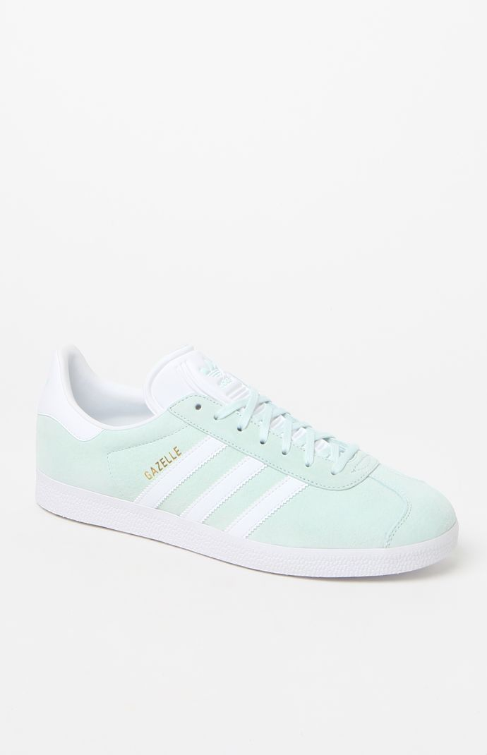 nike outlet vacaville ca hours to purchase adidas gazelle indoor blue and yellow