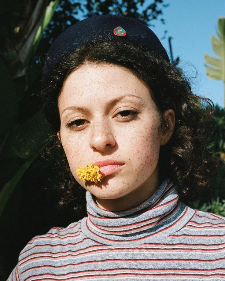 New cover story for @tidalmag No. 5 starring Alia Shawkat out now!  Styled by @doriasantlofer hair and makeup by @rozbeauty production by @getit_pro and processing by @thecolorhousenyc. by amberbmahoney