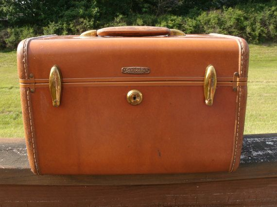 Just bought one and love it! Vintage Brown Tan Samsonite Carry On Luggage by melissasantiques