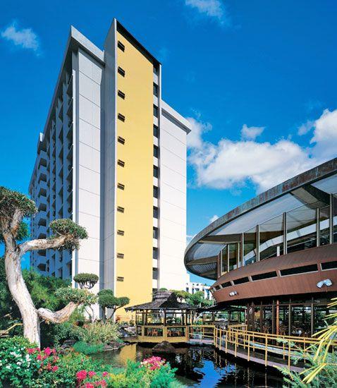 Pagoda Hotel in Honolulu Hawaii