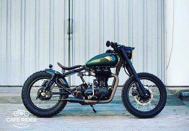 Some Are Built To Outshine By @caferiderme @RoyalEnfieldBeasts #royal #royalenfield #royalenfieldbeasts #enfield #bike #motocross #motorcycle #girl #boys #macho #blue #hd #bullet #fun #life #ride #auto #automobile #india #england #usa #uk #speed #race #modified #motorcyclesofinstagram #re #punjabi #punjab