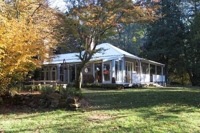 Royalla Farm Stay, Robertson