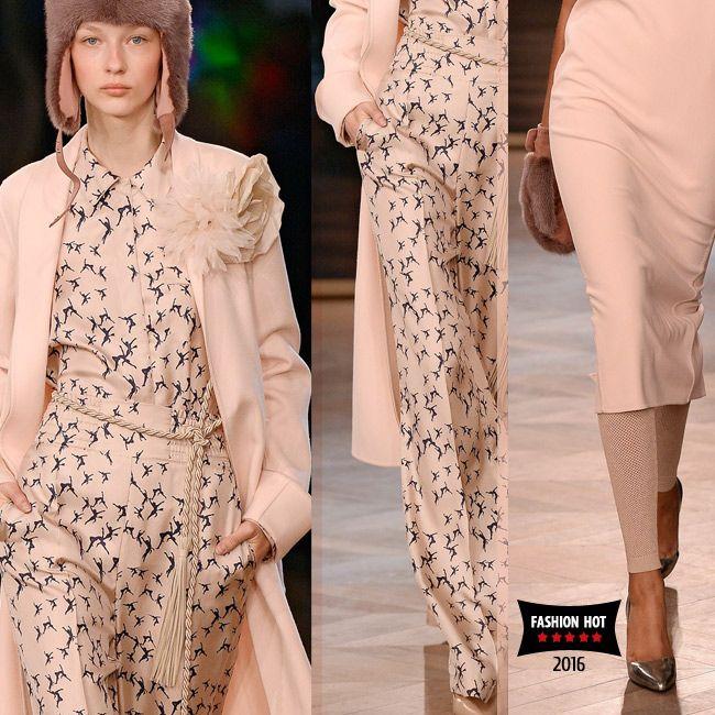 Монохромная мода и самые модные одноцветные образы сезона весна лето 2016. ТОП-3 модных оттенка для монохромного лука в модном журнале Fashion Woman Media. #peach #rose #monochromatic #fashion