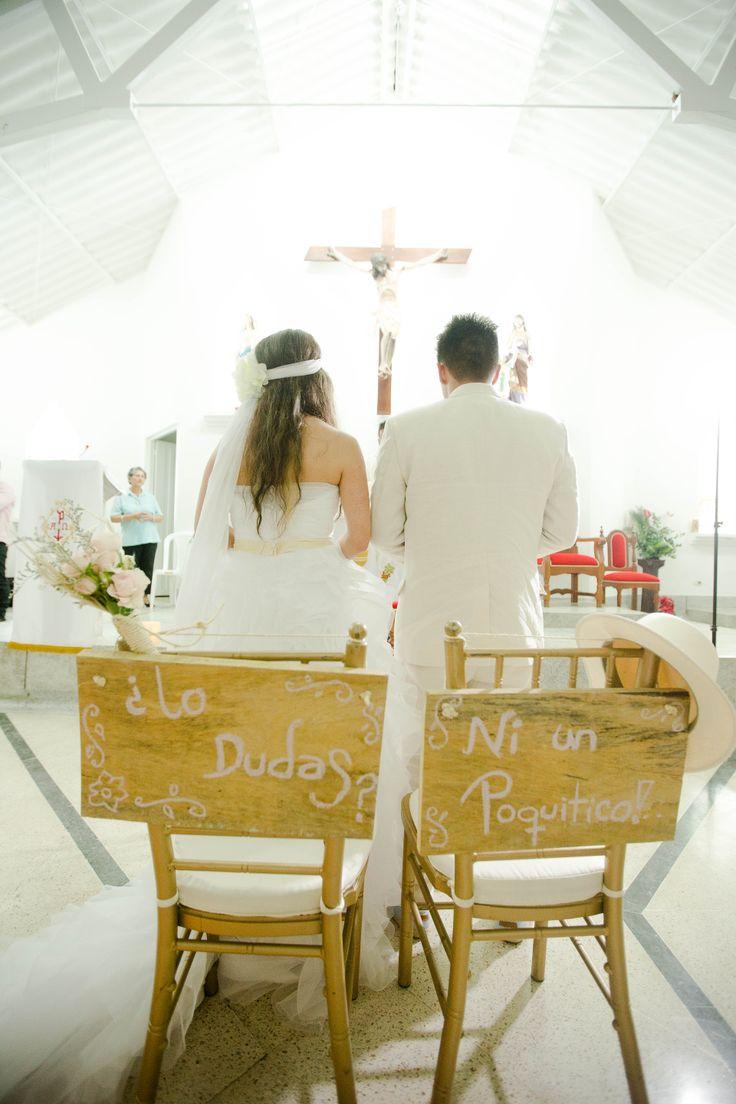 Letreros sillas novios fotos por iluminarte mi boda for Decoracion boda exterior