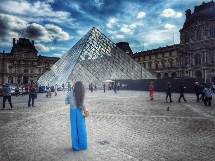 Louvre Pyramid is a symbol of Paris. It has been completed in 1989 by Chinese architect Ieoh Ming Pei and even though at the beginning the citizens of Paris considered it an audacious construction, too modern compared to the surrounding historical palace, it has soon became one of the most appreciated landmarks in Paris. And as you know, there is also an inverted pyramid, part of the Carrousel du Louvre shopping mall.