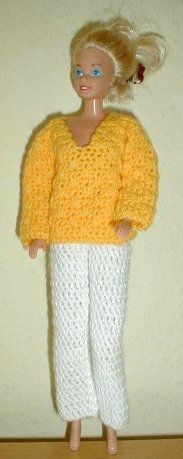 White trousers and yellow sweater