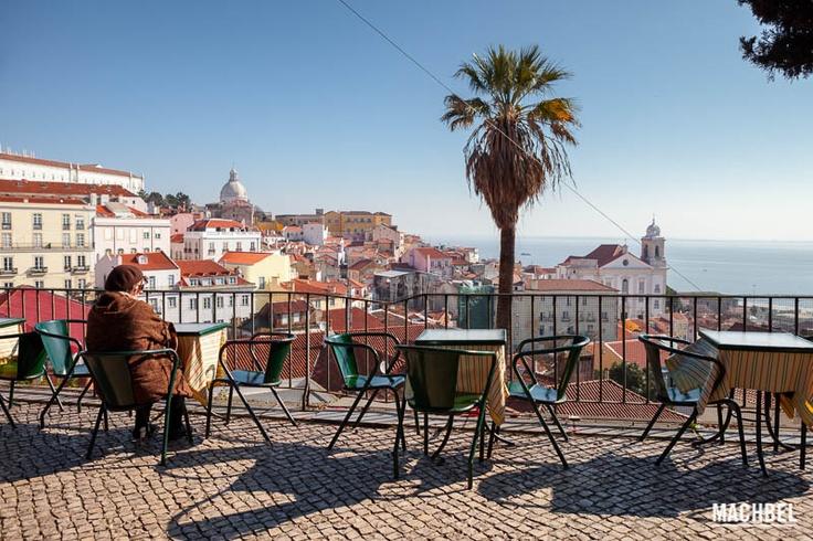 Mirador de Portas do Sol en Lisboa