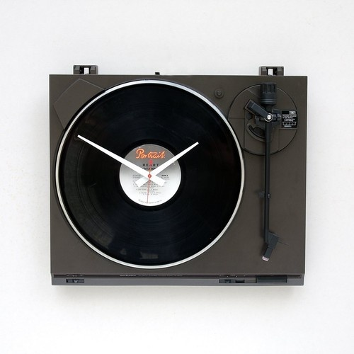 Nobody should EVER let good equipment go to waste. Make sure to pick up this recycled turntable for your favorite scatter-brained music lover in your life! #indie #hipster #giftguide