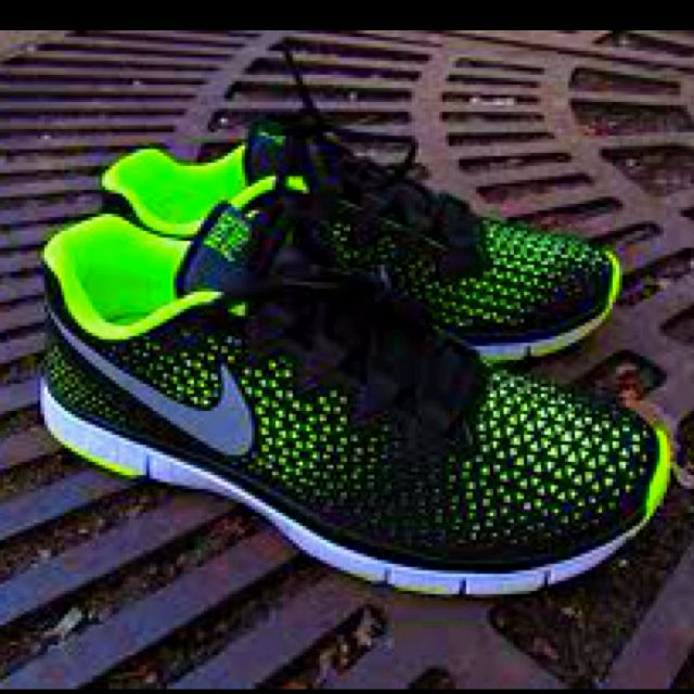 Nike Free Haven 3.0;;;; I am an 80's child, I love the bright colors.
