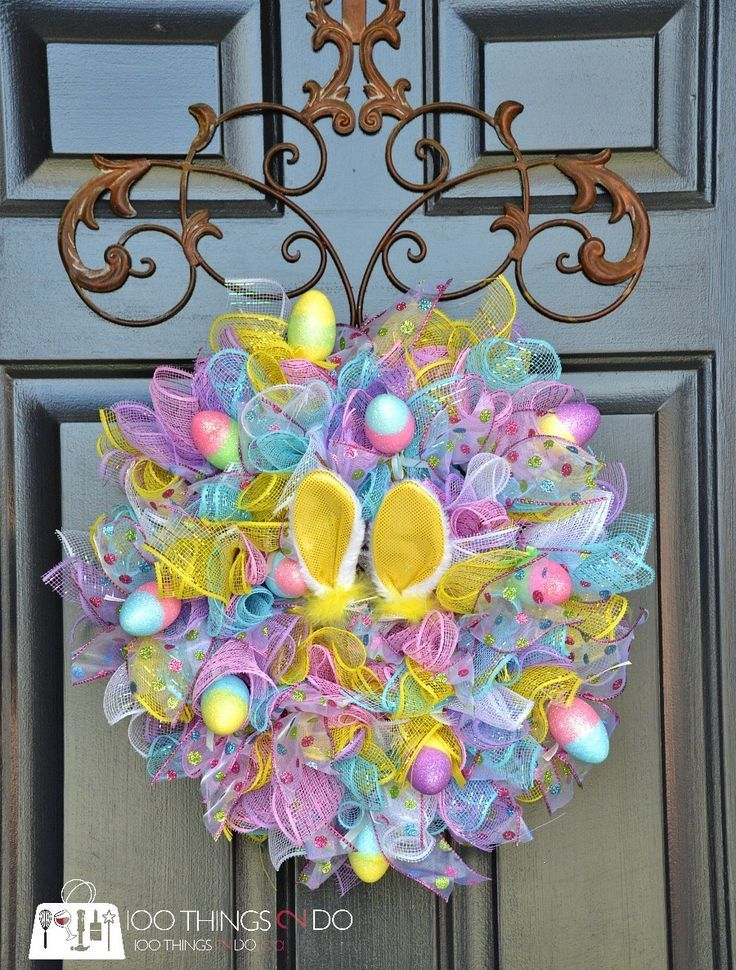 DIY Easy Easter Wreath. Kids will love helping you make this and you can keep for years to come.