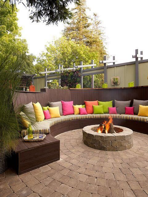 best 25 backyard seating ideas on pinterest small backyard landscaping fire pit bench and. Black Bedroom Furniture Sets. Home Design Ideas