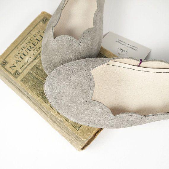 Gray Soft Suede Scalloped Handmade Ballet Flats by elehandmade