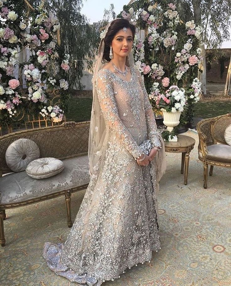 Fancy Magnificent Indian u Pakistani Bridal Dresses In South Asia and more importantly the Indian and Pakistani girls normally concerned about few things
