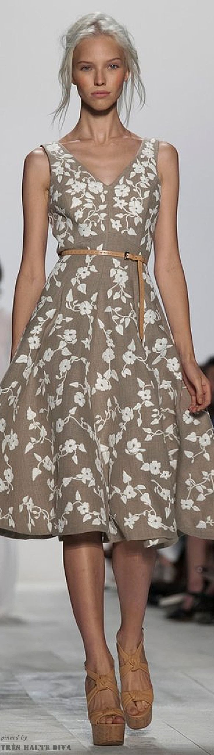O.M.G. THIS DRESS! My fav color combo, fav cut & full skirt, love anything & everything by Michael Kors. Spring 2014