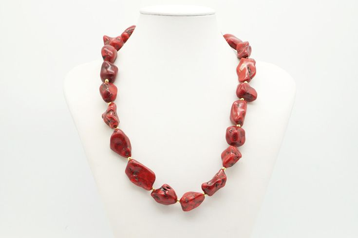 Colliers – red handmade necklace – a unique product by tizianat on DaWanda