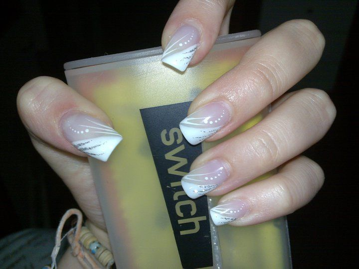 White French Nail Art ♡