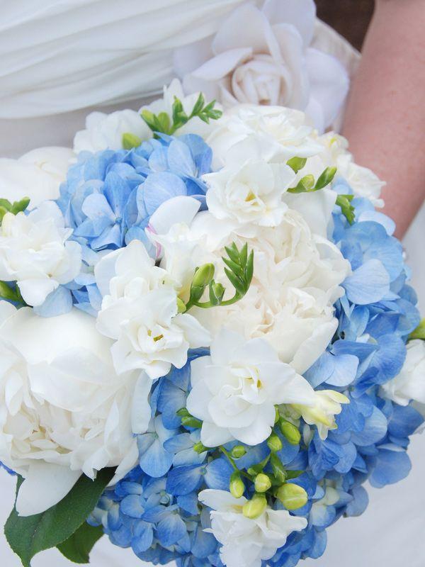 Hydrangea Wedding Bouquet designcorral.com #bouquet #wedding #hydrangea