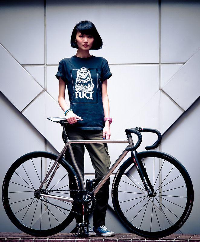 Le vélo c'est sexy quand on a le style | Le vélo c'est ...