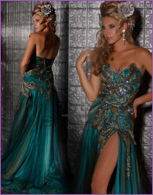 beaut:D i think this is my favorite.. and i want it as my prom dress! the hair too almost.. just not as muchh volume  macdougal