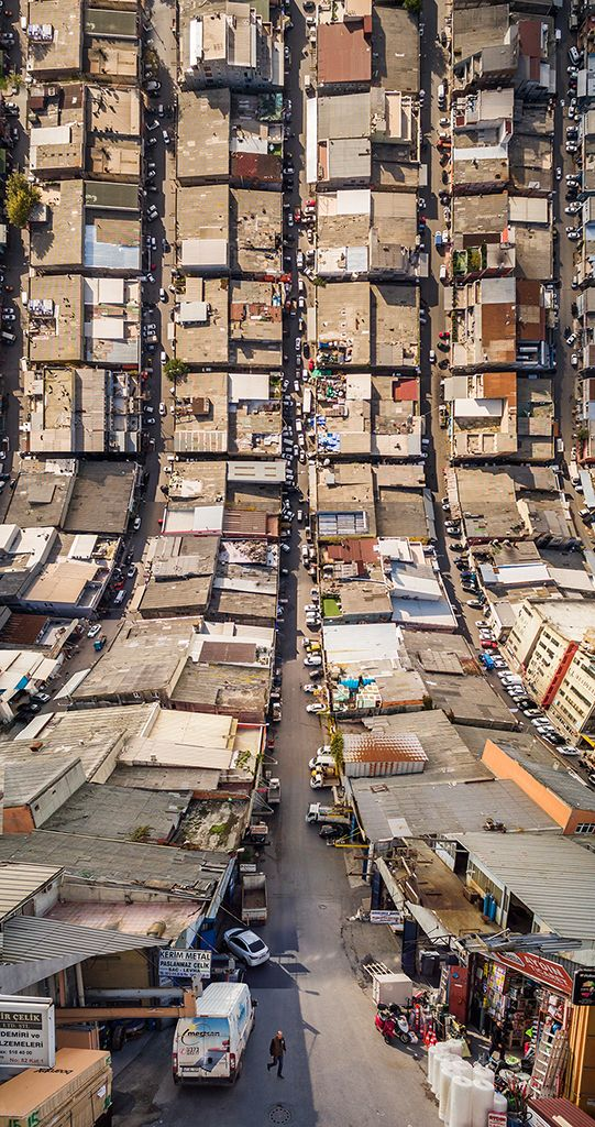 Turkish photographer and digital artist Aydın Büyüktaş turns the streets of Istanbul upside down in these warped cityscapes that appear to curve infinitely upward and outward toward the skies. While it's tempting to draw parallels with stunning visuals from the 2010 movie Inception, the art