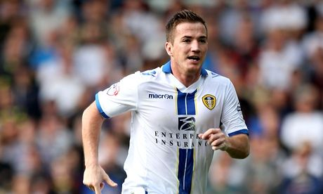Ross McCormack has moved from Leeds to Fulham for a fee believed to be in the region of £11m