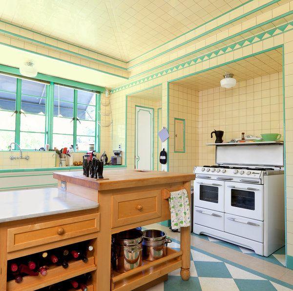 Old Kitchen Tile: 170 Best Vintage Tile Images On Pinterest