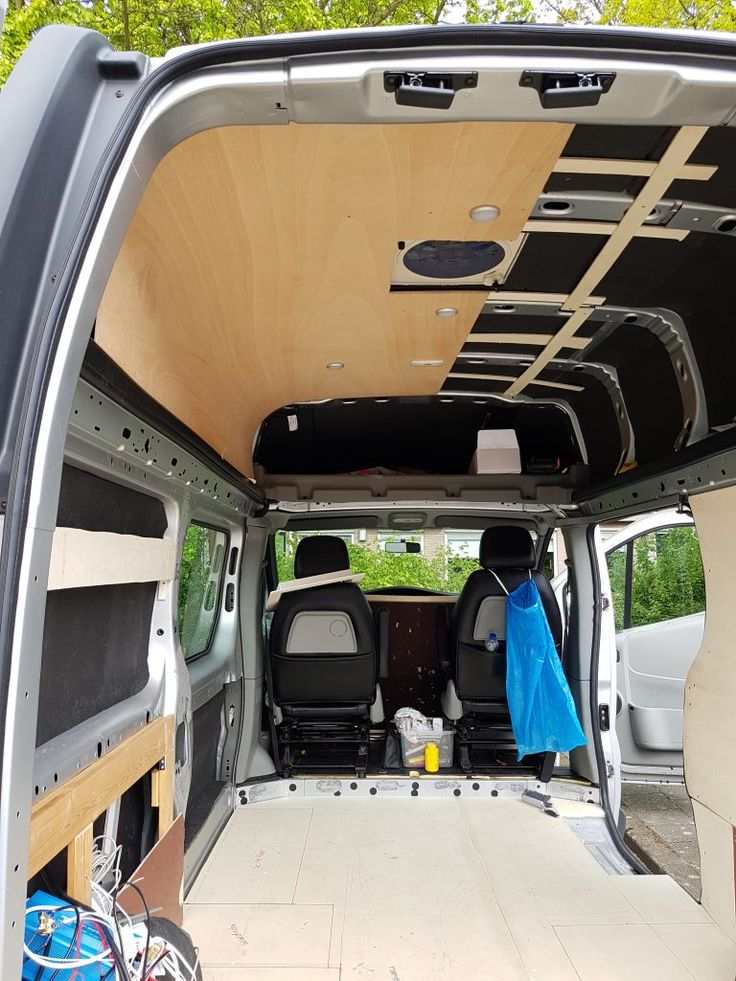 The Floor Ceiling And Walls Diy Renault Trafic