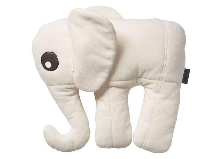 Das ist Ed. Dieser weiche und anschmiegsame Elefant ist zu 100% aus Joolz Upcycling-Material. Ed der Elefant wurde partnerschaftlich mit dem Upcycling-Atelier i-did entwickelt. Aus dem weichen und komfortablen Fleece der Joolz-Fußsäcke vergangener Kollektionen. + 100% Upcycling-Fleece + weich und komfortabel + perfekt für jung und alt + in Kooperation mit dem Atelier i-did Größe: …