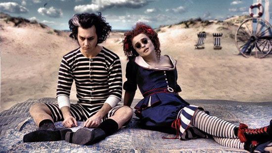 15-Best-Creative-Yet-Scary-Halloween-Costumes-2012-For-Couples-8
