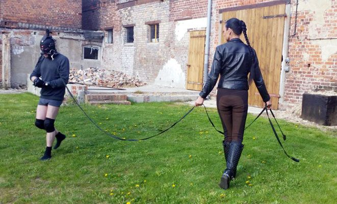 #Madame Catarina at the #HiddenTortureFarm –  From the 9th -11th October 2015 Madame Catarina will be holding a very special event at the hidden torture farm just south of Berlin. Over the three days and nights she will be joining forces with the amazing Lady Stella to provide a unique and immersive slave experience.  Details of the event are available in German, English and Italian together with booking forms are available at Madame Catarina's new website http://hiddentorturefarm.com/