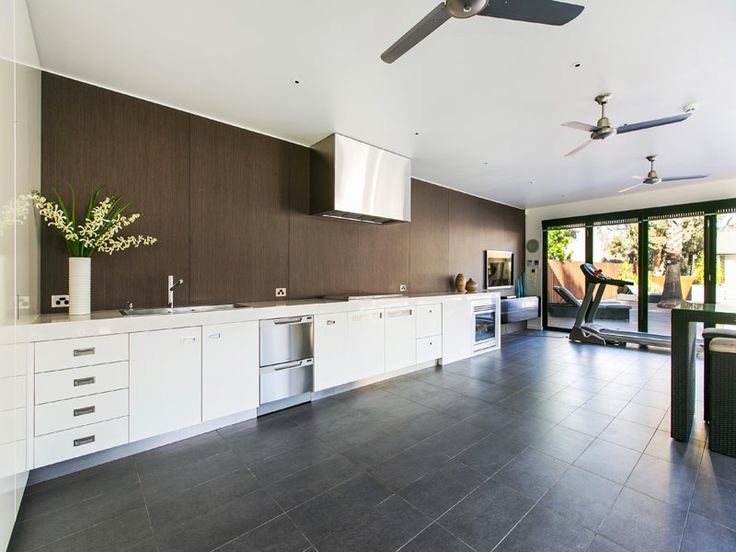 Strickland Drive | Bungalow, Cabana, Outdoor Kitchen, Gym Area, Built in fireplace