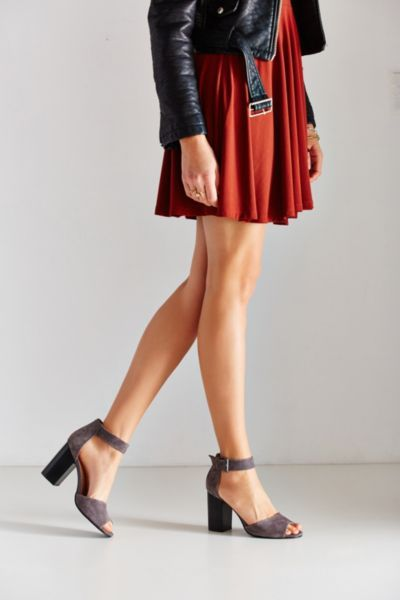 Mary Suede Heel - Urban Outfitters