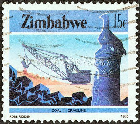 Zimbabwe - intorno al 1985: un timbro stampato in zimbabwe la rivista national infrastructure illustrato della gru a cingoli carboniera, intorno al 1985 — Foto Editoriale Stock © lefpap #31273419