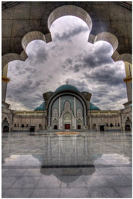Masjid Wilayah, Kuala Lumpur. Malaysia has some of the prettiest masjids mashaAllah!