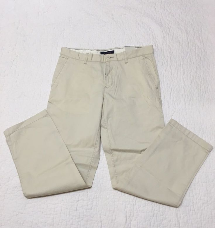 Tommy Hilfiger classic fit mens khaki pants  33/32  NWT #TommyHilfiger #KhakisChinos