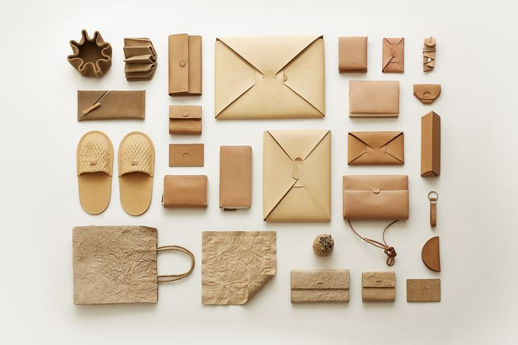 <p>i ro se is a Japanese brand established by two brothers from Tokyo. When they were children, they often had fun making toys with junk in and around their house. Now, as two grown-ups, they made a p