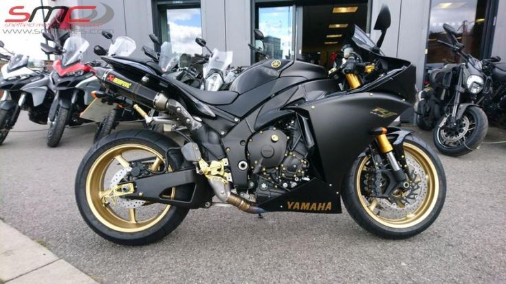 2009 Yamaha YZF R1 Just arrived :)