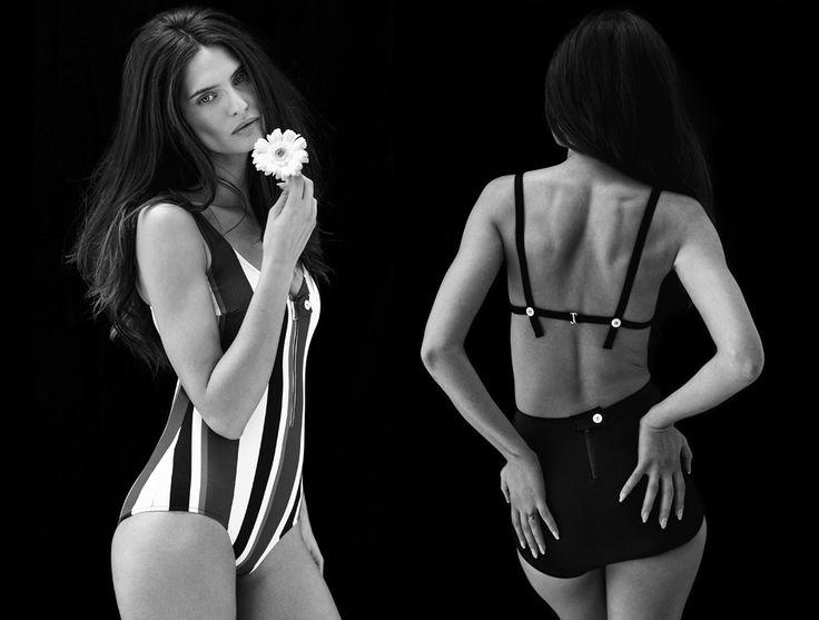 Бьянка Балти создала коллекцию купальников для Yoox