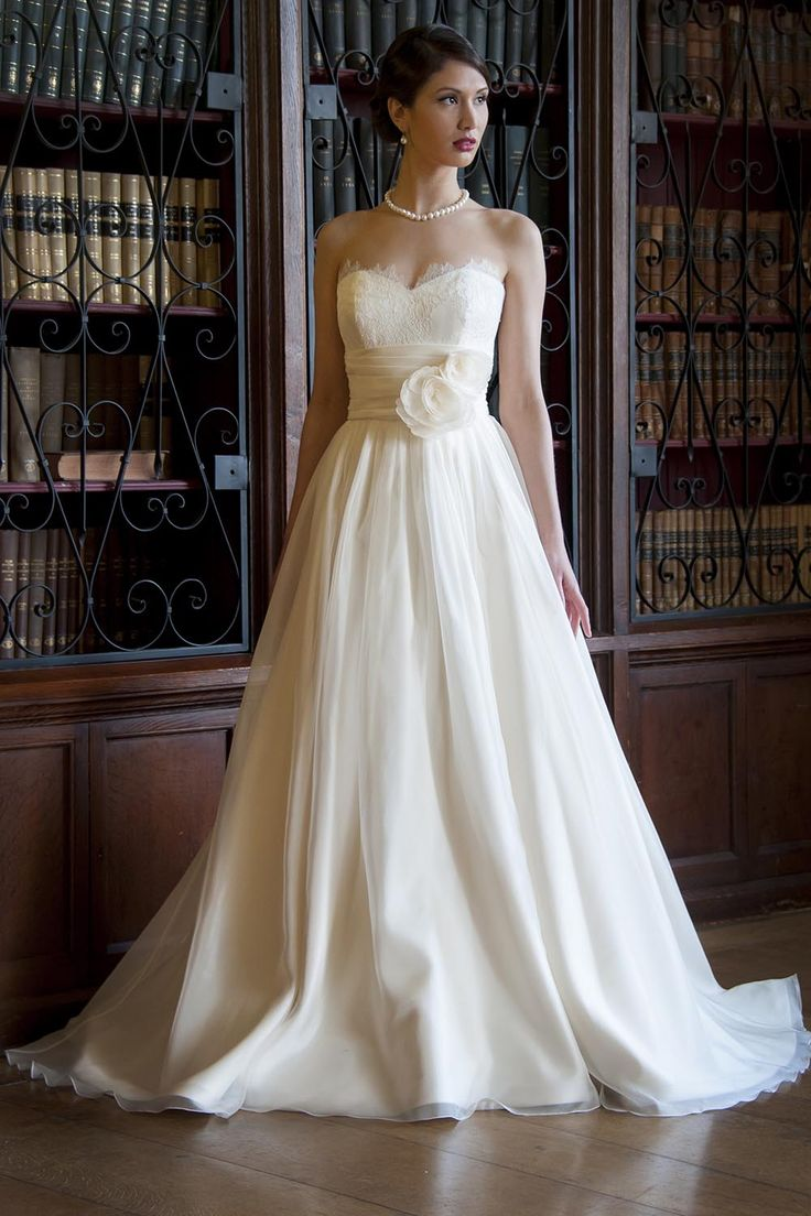 100+ best Wedding dress images on Pinterest   Wedding frocks ...
