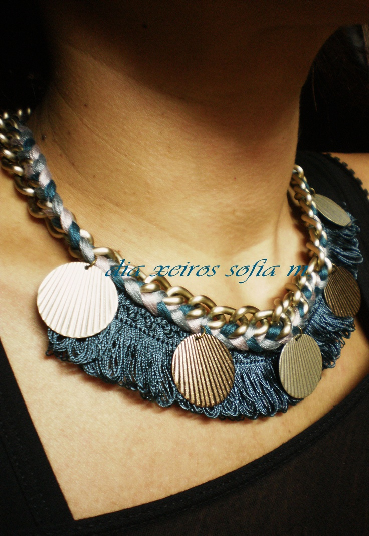 Au12.403 necklace