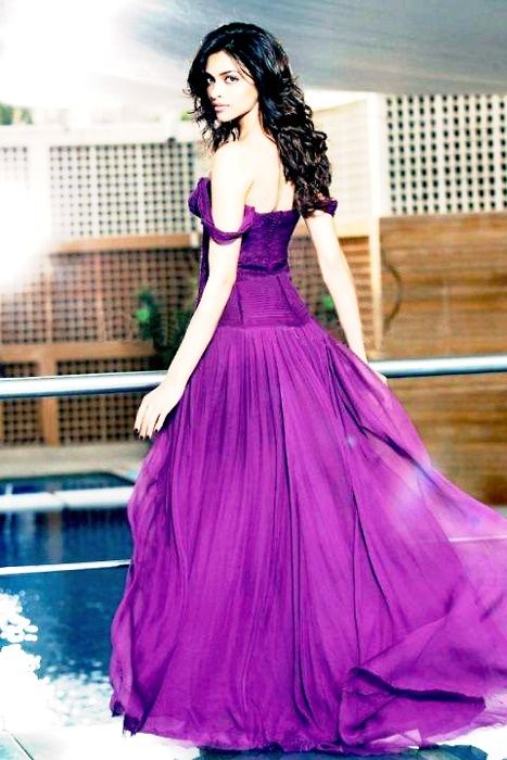 Deepika absolutely beautiful...