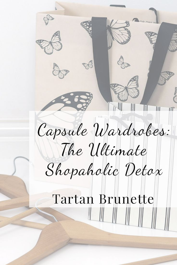 Is creating a capsule wardrobe the ultimate shopaholic detox? Click through to read 5 reasons why capsule wardrobes are the best way to reform a shopaholic