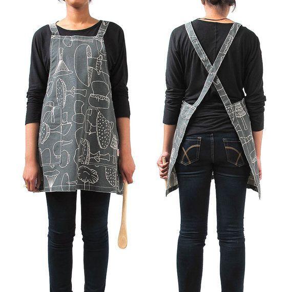 adjust size with longer/shorter straps